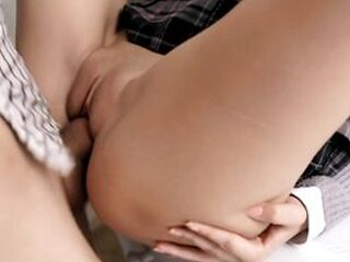 Video z  asianteenporn.tv
