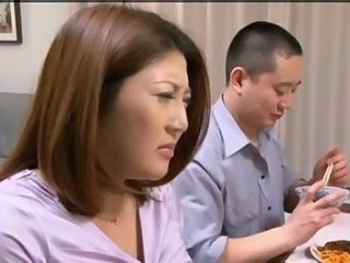 Video posnetki iz xnxx-asian.com
