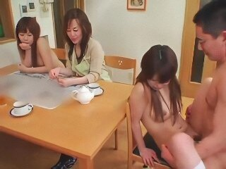 Videos from xxxasianxxx.com
