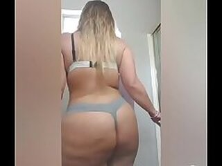 Videos from nudebbwmovies.pro