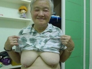 Video nga onlygrannyvids.com