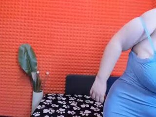 Video dari bbw-fuck.com