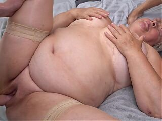 Videos from newgrannyporn.com