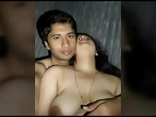 Видеи од indian-sex-video.pro