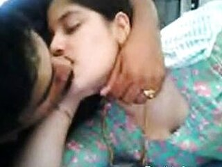 Video dari indianpornovids.com