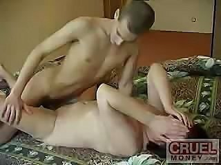 Videos from fuckedmaturetube.com