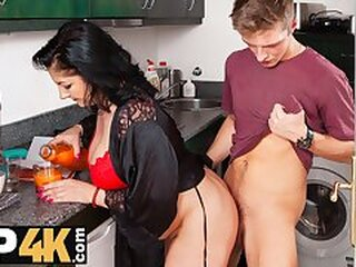 Video dari maturehdporn.tv