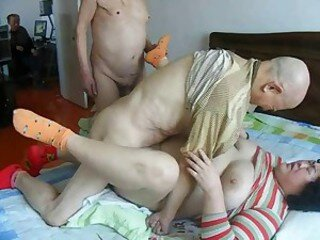 Відэа з granny-mature.net