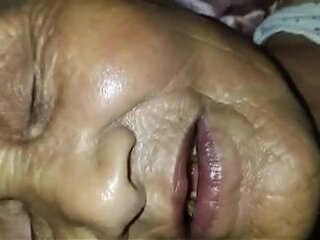 Video z  grannydesires.com