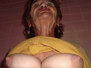 Video de la grannypussy.tv