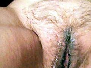 Videos von sweetgrannysex.com