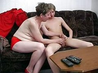 ビデオから sweetgrannysex.com