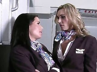 Videos from freelesbiantubes.com