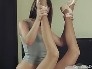 Videos from lesbiansexfucking.com