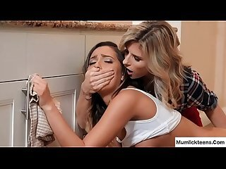 Videos from warmlesbianporn.com