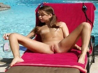 Videos from xlesbiansex.com