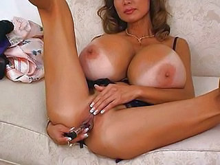 Minka and her monster tits