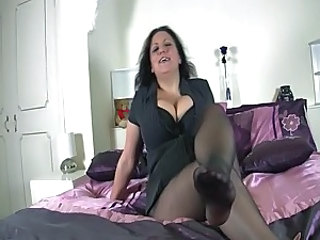 Mellie D in pantyhose