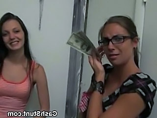 Amateur flashes for cash  free