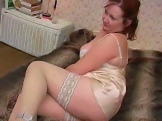 Mature Mistress   Licking her Feet, Ass & Pussy (+slow)
