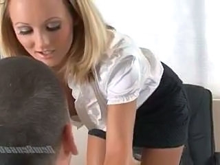 Hot Blonde Secretary Is Giving Her Boss Some Extra Work On His Cock Sex Tubes