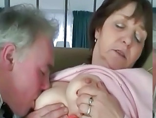 Busty mature slapper Renata loves a hard dick