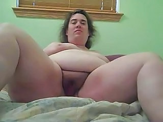 Ugly BBW plays for cam
