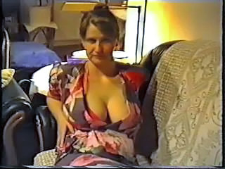 Wife cloudless big tits with regard to a bra Sex Tubes