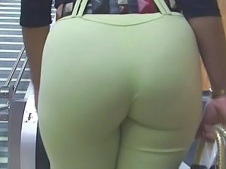 Candid Booties & Other Surprises In Hd
