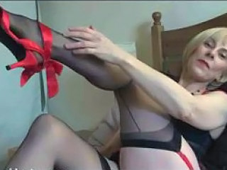 Sexy milf stockings play