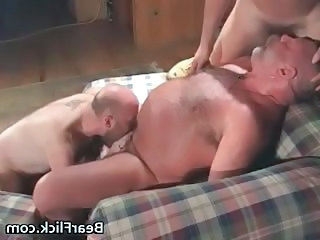 Cabin mountain sex with happy go lucky bears part1