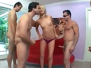 Alexxa Lynn gets facefucked and swallows a lot of cum!