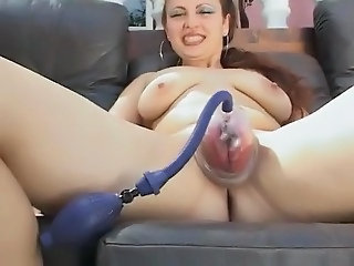 Fucking a pumped Pussy