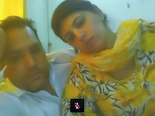Pakistani Couple from Lahore on Webcam