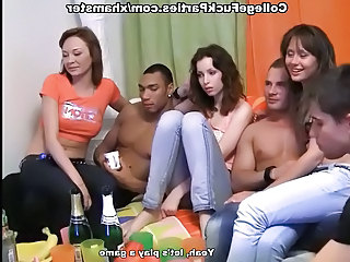 Coeds film their orgy at party