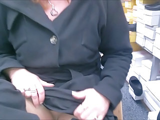 Pantyhose Upskirt in shoestore