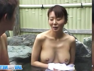 Dirty service in the jacuzzi