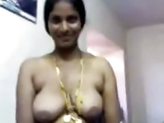 South Indian Telugu Aunty Show her Boobs to her Customer