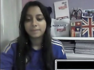 Brazilian girl shows all on Omegle