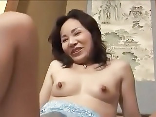 45yr old Japanese Wife gets Toyed to Orgasm (Uncensored)