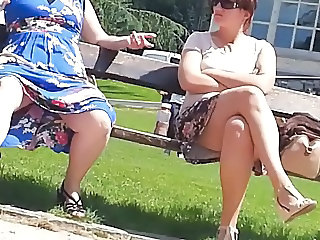 mature great upskirt in park