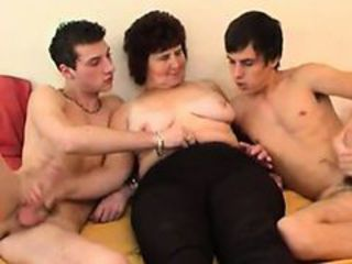 Plump Russian Granny Goes For Threesome