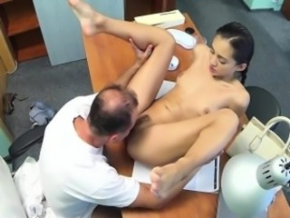 Skinny babe creampied by the doctor