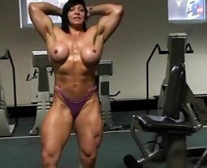 big breasted fbb at the gym