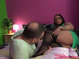 Arab BBW jerks this big cock by her feet, hands, and lips Sex Tubes