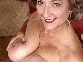 Granny and Mature Slideshow Sex Tubes
