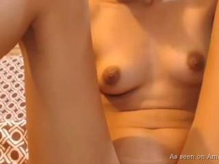 Naughty Indian camgirl rubbing her pussy