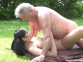 Barely Legal Yo Sitter Ava Black Gives A Oral Job To Old Fart And Gets Laid In The Garden