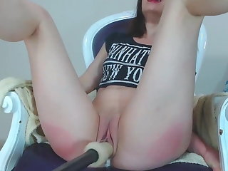 Girl Orgasms to Self Pussy Spanking