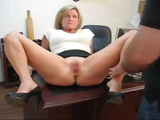 Milf Pussy Spanked